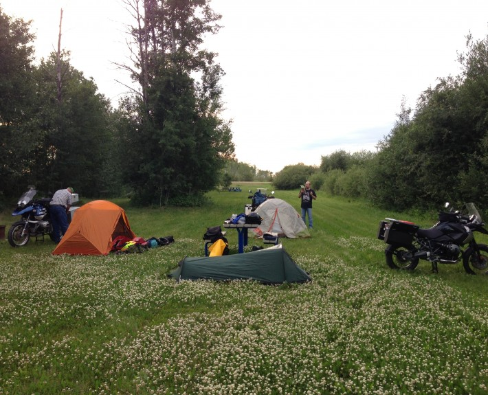 Camping in High Level, AB